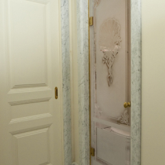 """""""Shell and Roses"""" shower door"""